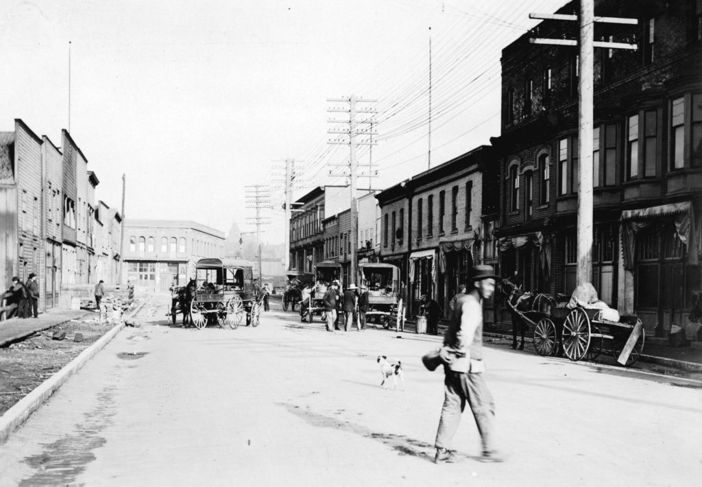 Dupont Street, Vancouver, 1906