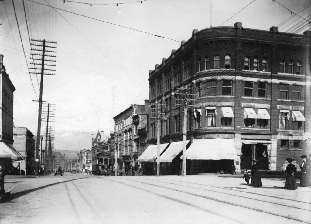 Board of Works promotes Granville Street horse racing – June 6, 1887