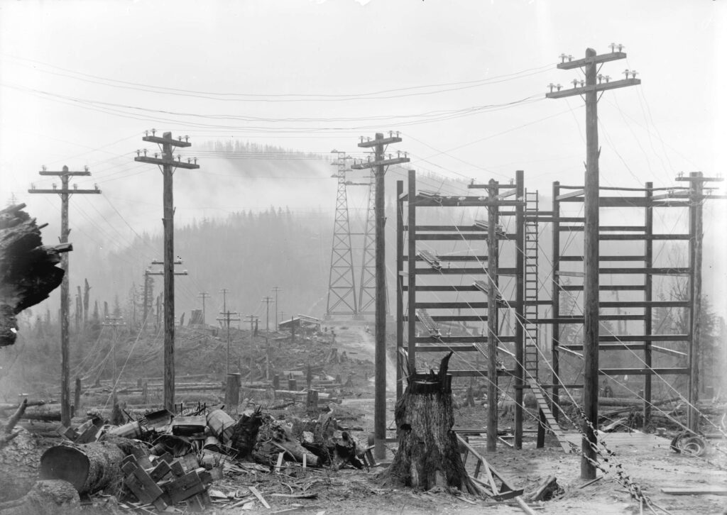 electrical-poles-1900s