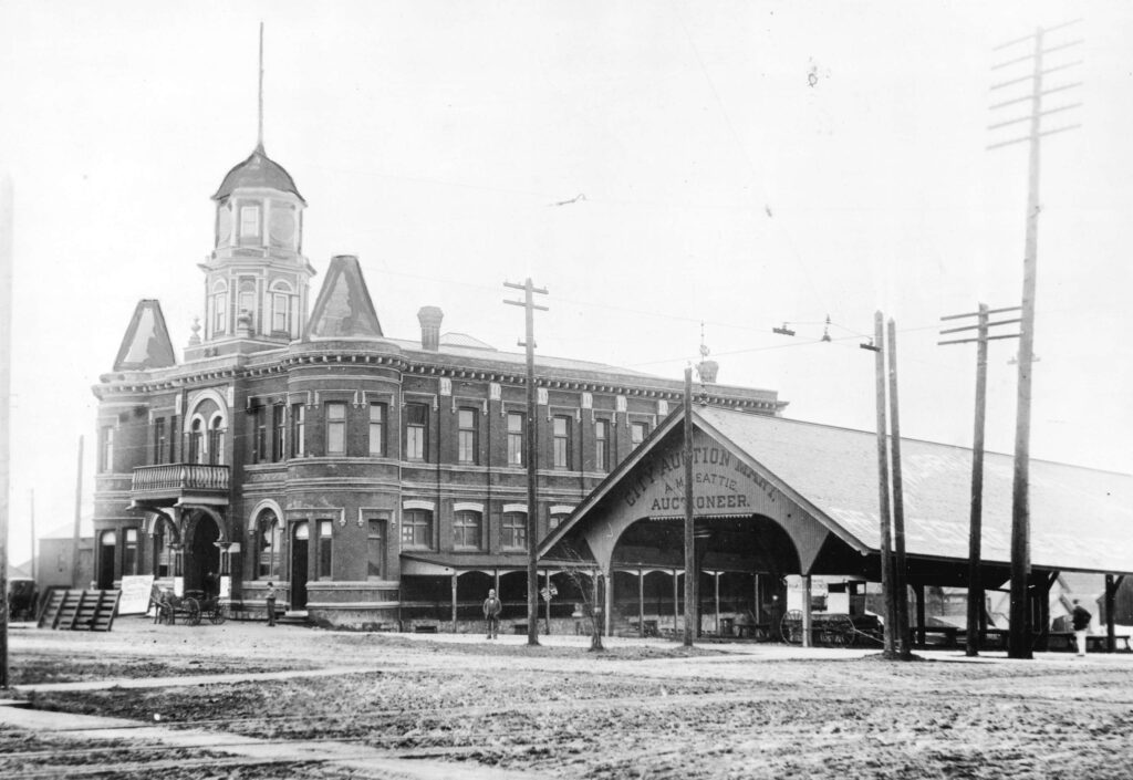 Council Excludes Street Light Near Catholic Church – October 11, 1897